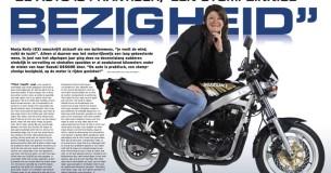 Marja Kelly en haar Suzuki GS500E