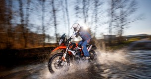 Eerste test KTM Adventure 890 R