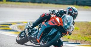Eerste Test KTM RC390