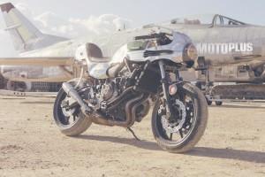 XJR 700 Yamaha