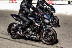 Street Triple R & RS Riding 2