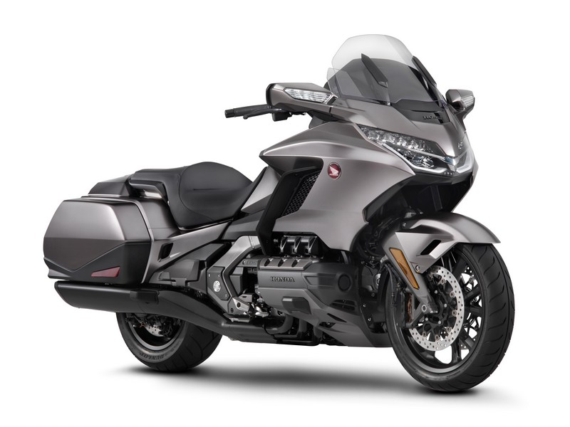 honda gold wing gl1800 alleen de naam bleef hetzelfde. Black Bedroom Furniture Sets. Home Design Ideas